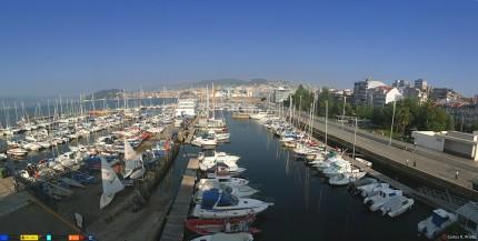 Real club n utico vigo amarres en vigo puerto for Oficina turismo vigo